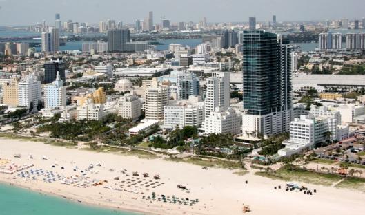 """Miamimetroarea"" by Miamiboyz (talk) - uploaded to the English language Wikipedia in March 2007 (log). Licensed under Public Domain via Wikimedia Commons - https://commons.wikimedia.org/wiki/File:Miamimetroarea.jpg#/media/File:Miamimetroarea.jpg"